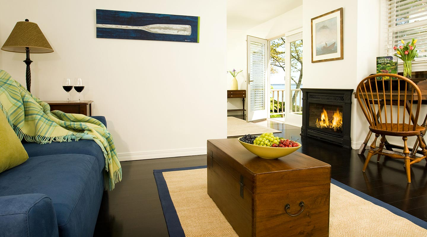 Overview of the oceanfront cottage at our Maine boutique hotel