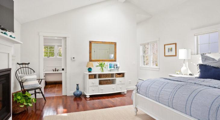 Inn in Camden, Maine the Thaxter Loft overview