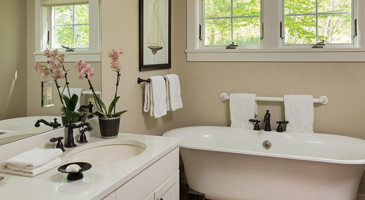 Clawfoot bathtub in the Thaxter Loft at our Camden, Maine boutique hotel