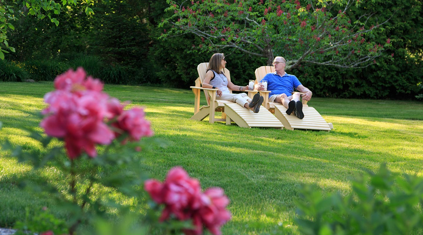 Take time in the garden on your romantic getaway in Maine