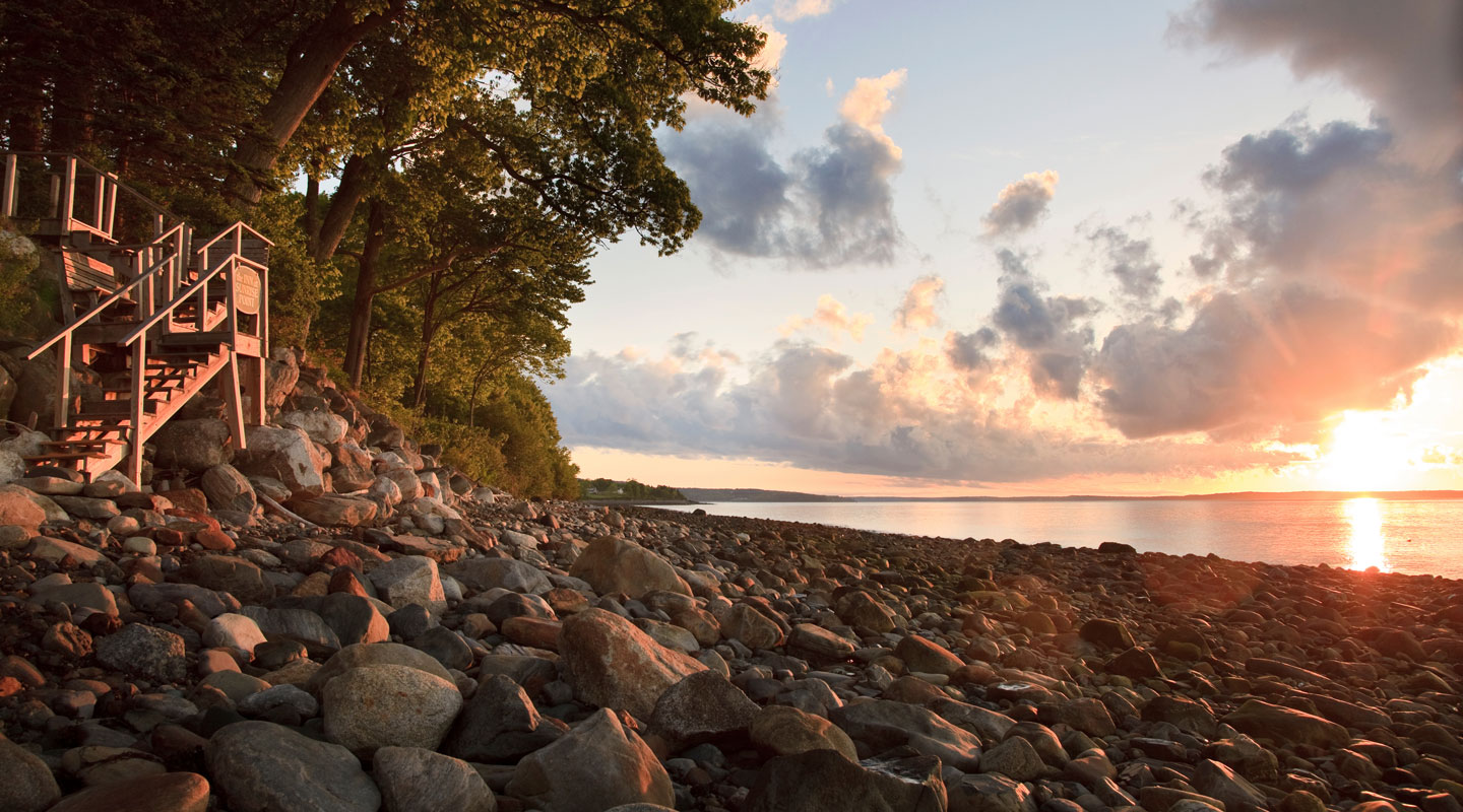 Scenic Hiking Trails In Maine Inn At Sunrise Point