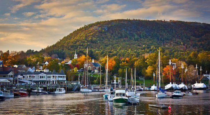 Fall along the coast of Maine