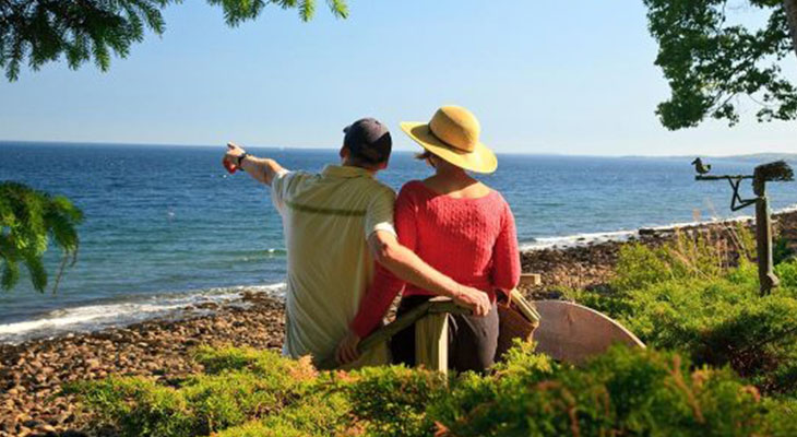 Romantic Anniversary Getaways in Midcoast Maine