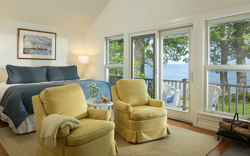 room with ocean views at Inn at Sunrise Point